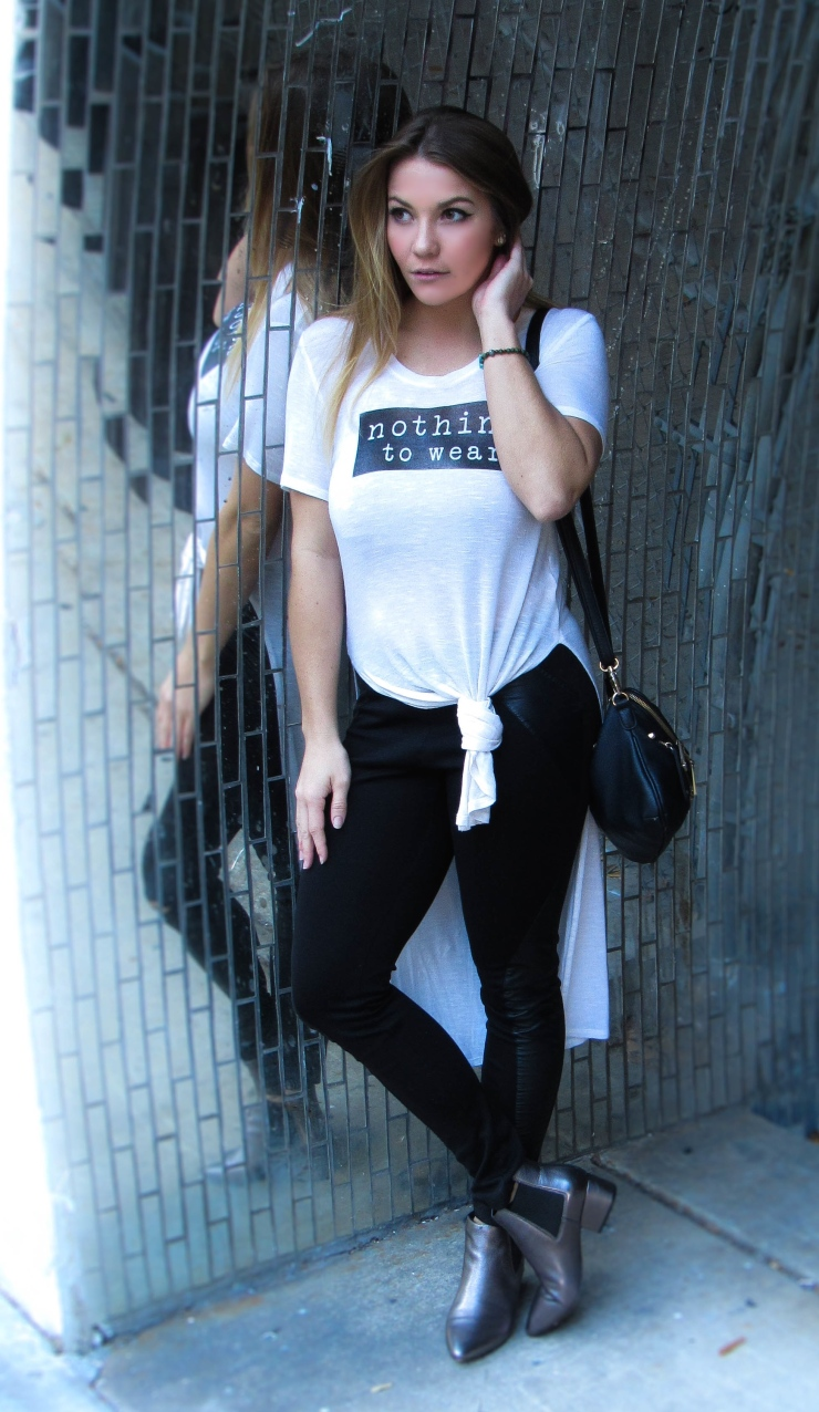 Graphic Tee Blogger Style