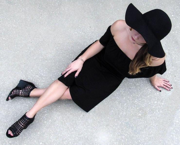 forever21-outfit-off-shoulder-dress-blogger-style