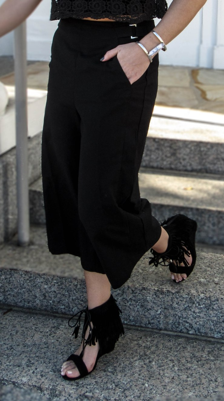 forever21-contemporarytwill-culottes-style-outfit