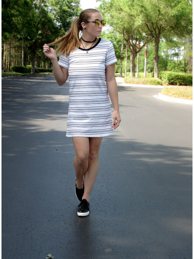 forever21_t-shirt_dress_cutout_street_style