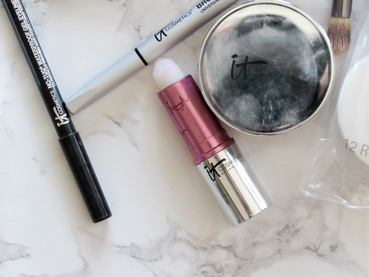 it_cosmetics_makeup_review_lipstick_beauty_blogger_pinterest