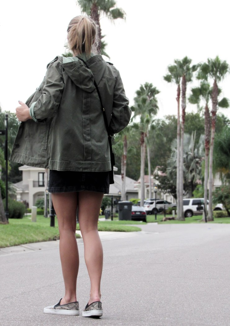geek_forever21_basic_tee_jcrew_military_jacket_topshop_denim_skirt_zerouv_clear_frames_summer_outfit_pinterest_blogger
