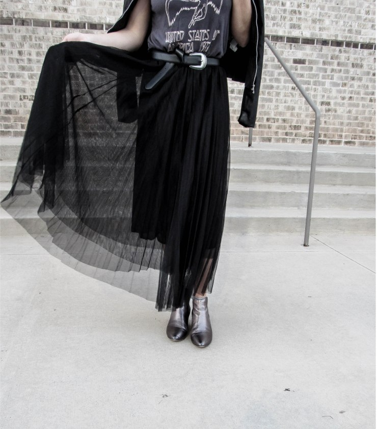 hm_led_zeppelin_graphic_tee_shein_black_mesh_pleated_skirt_outfit_pinterest_blog_lovin_zerouv_mirror_lens