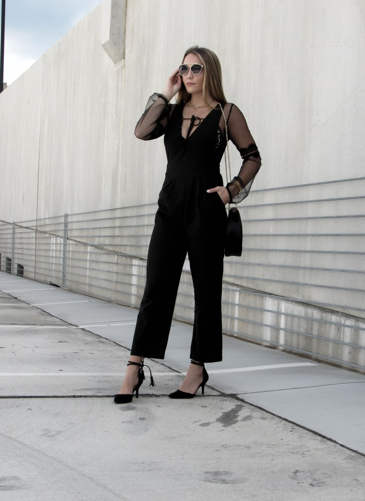 romwe_black_deep_v_neck_jumpsuit_outfit_pinterest_blogger_look