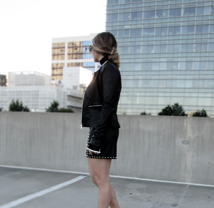 forever21_studded_mini_skirt_black_outfit_pitnerest_blog