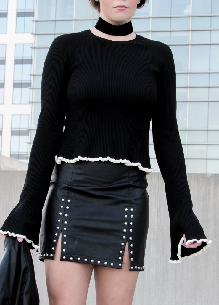 forever21_studded_mini_skirt_black_zara_trumpet_sleeve_sweater_pinterest_blog