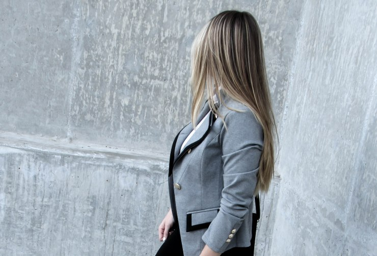 grey_lapel_button_pocket_long_sleeve_blazer_make_me_chic