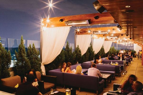 whiskey_blue_rooftop_bar