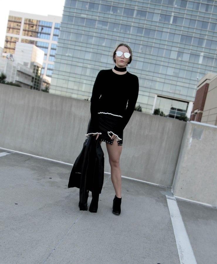 zara_trumpet_sleeve_sweater_outfit_forever21_studded_mini_skirt_pinterest_black_blog