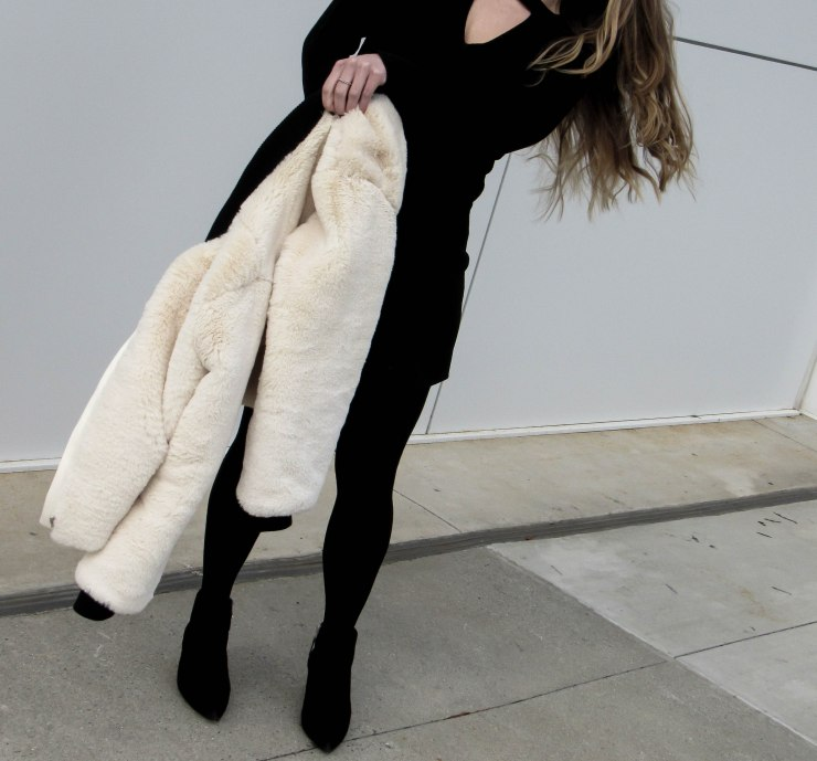 shein_apricot_collarless_zip_up_faux_fur_coat