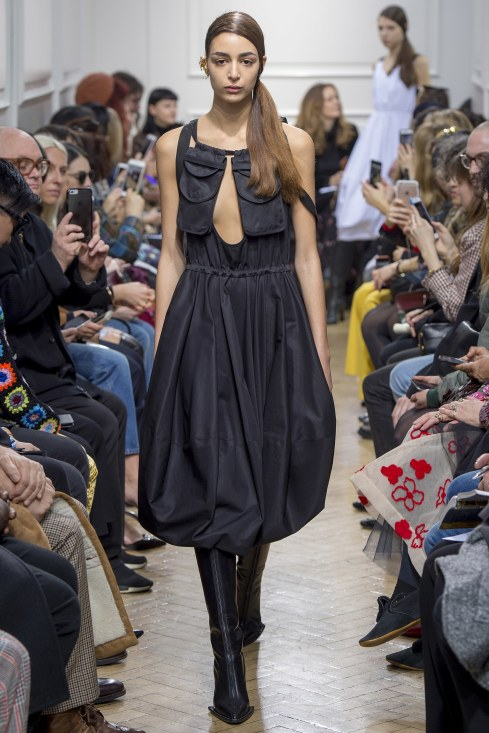 fall-2017-ready-to-wear:j-w-anderson-