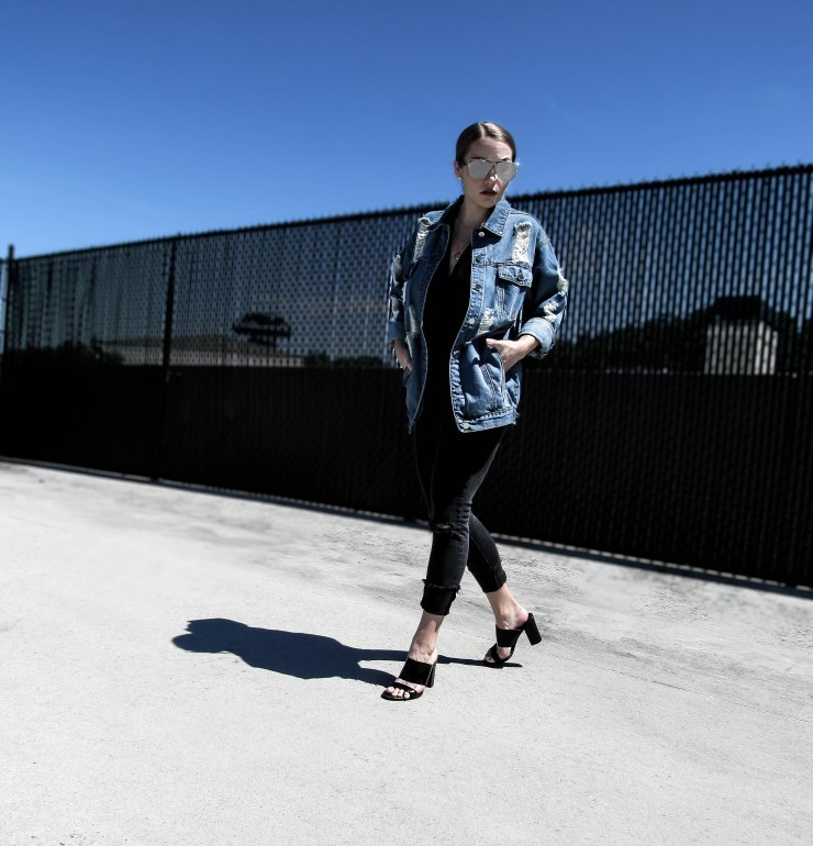 oversized_denim_jacket_outfit_style