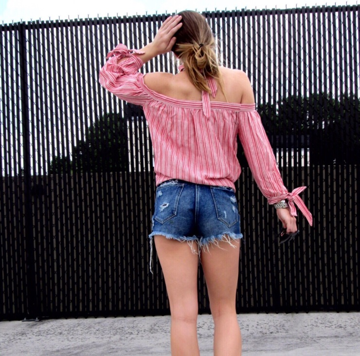 off_shoulder_striped_red_top_halter_tie_outfit