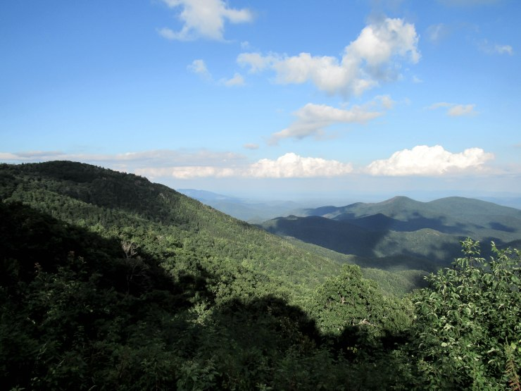 asheville_blue_ridge_parkway_mountain_side-