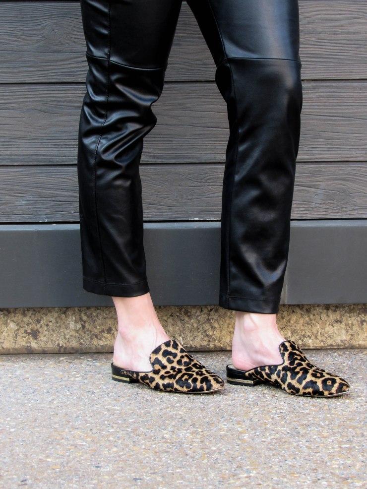 michael_kors-natasha_slides_leopard_print_outfit