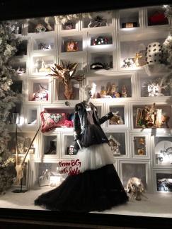 bergdorf-goodman-window-display-christmas-2017-to-new-york-with-love